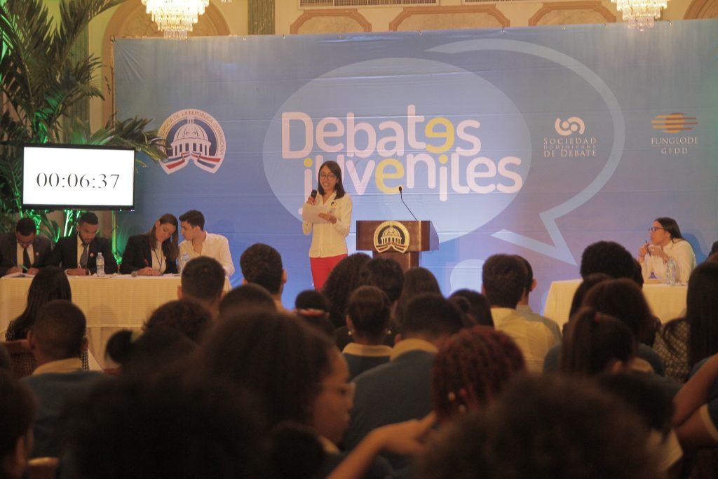 IV Torneo de Debate Universitario